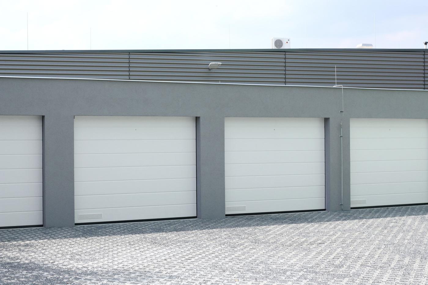 Krulich Stavby Domů – garáže pro bytový dům, Brandýs n/L